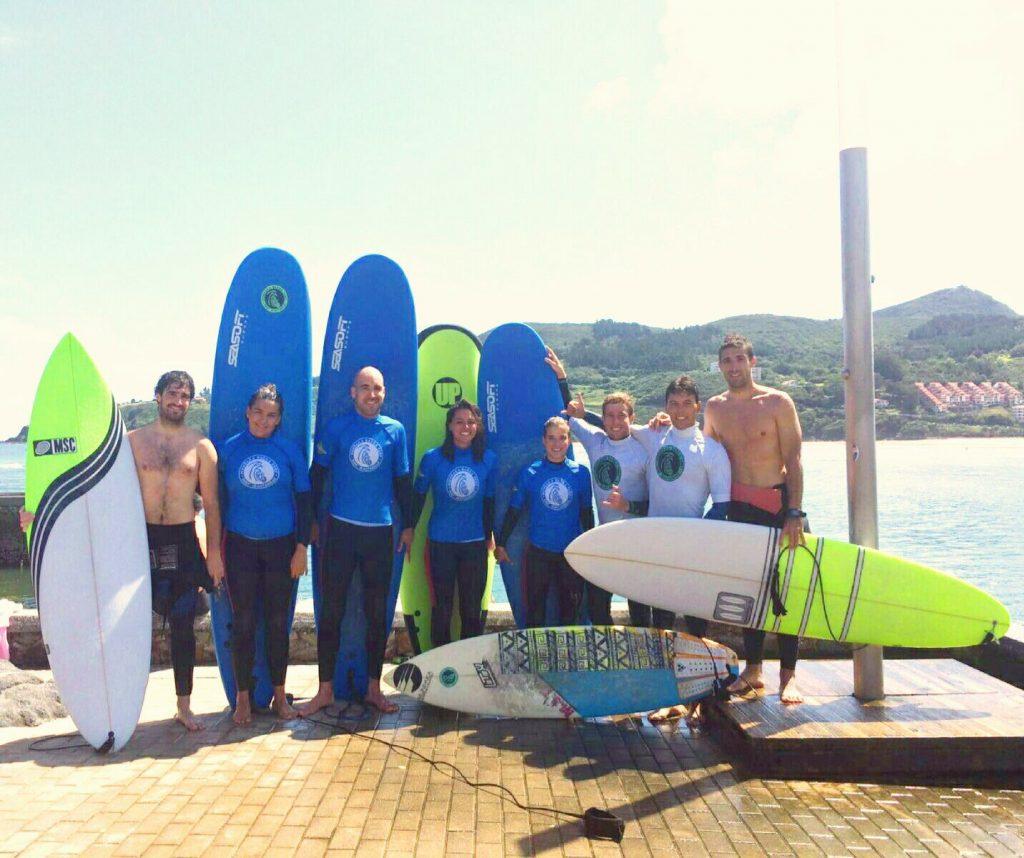 surf classes mundaka